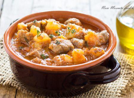 Spezzatino con patate in umido