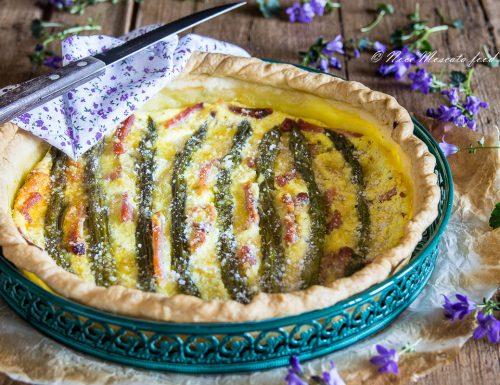 Torta salata agli asparagi e speck