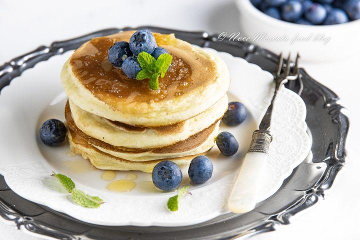Ricetta Pancake Americani Giallo Zafferano.Pancake Ricetta Americana Come Fare I Pancakes Perfettamente