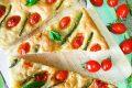 Focaccia asparagi e pomodorini (senza lievitazione)