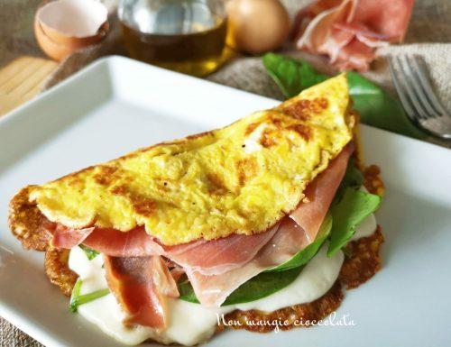 Omelette mozzarella, prosciutto crudo e spinacini
