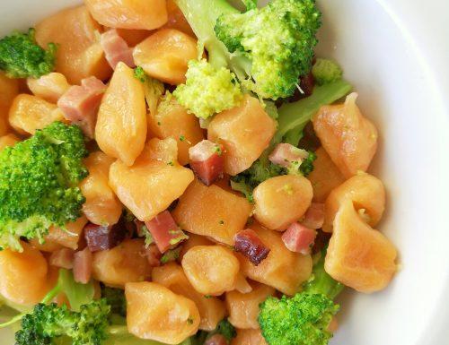 Gnocchetti di zucca con broccoli e speck