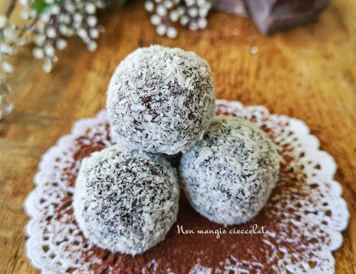 Tartufi al cacao con farina di cocco