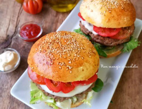 Panini per hamburger (Burger buns senza uova)