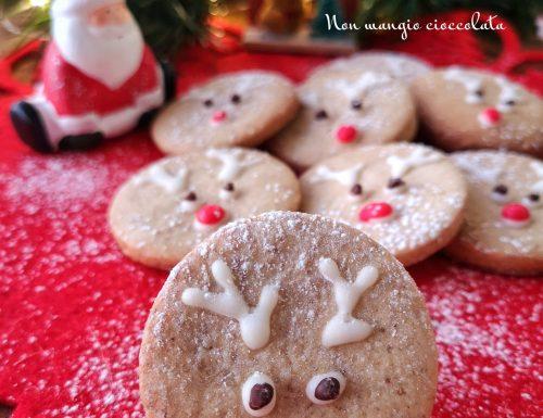 Biscotti alle noci a forma di renna