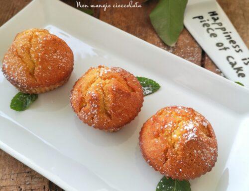 Muffin profumati e soffici all'arancia