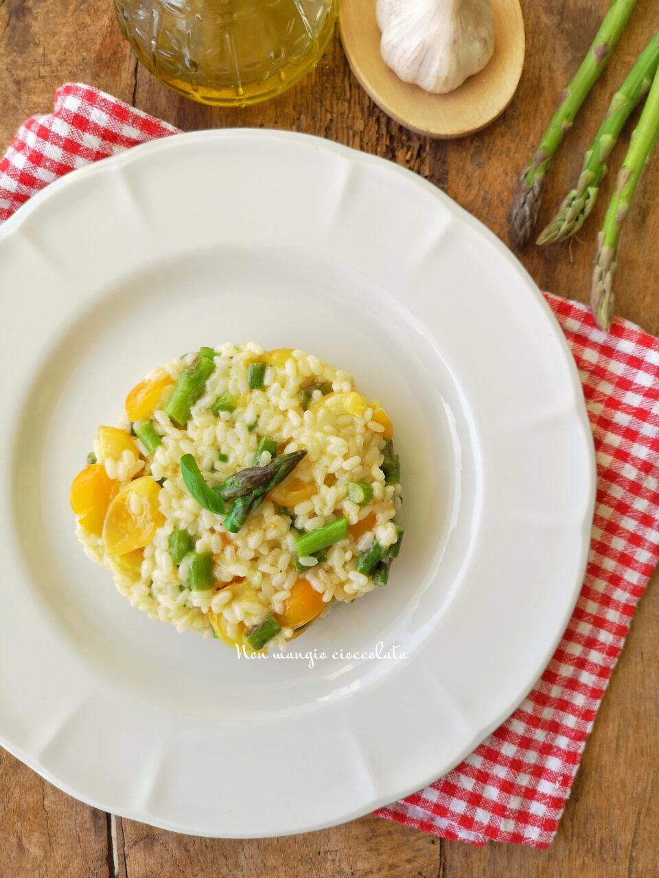 Risotto asparagi e pomodorini gialli
