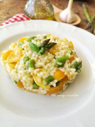 Risotto con asparagi e pomodorini gialli