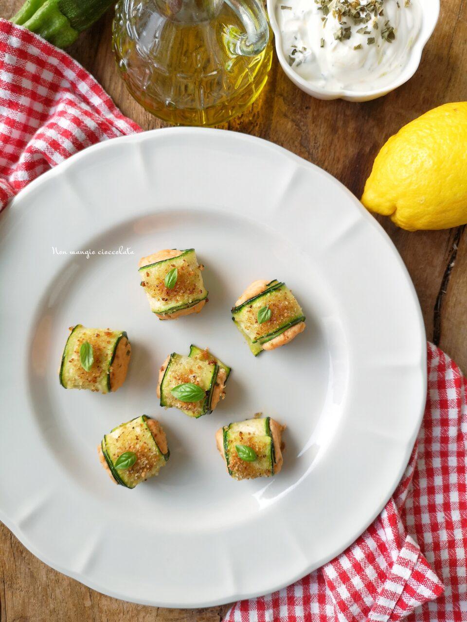 Involtini di zucchine e salmone fresco