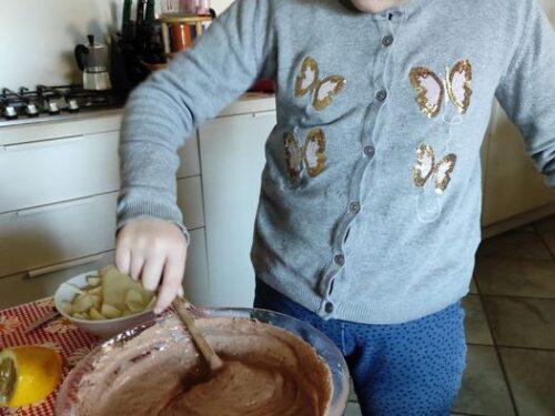 Torta con skyr cioccolato e pere (senza burro)