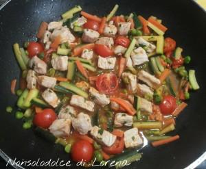 Cous cous con verdure e carne di maiale