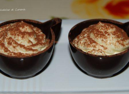 Tazzine di cioccolato con crema al mascarpone