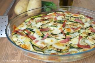 Teglia di zucchine patate e scamorza