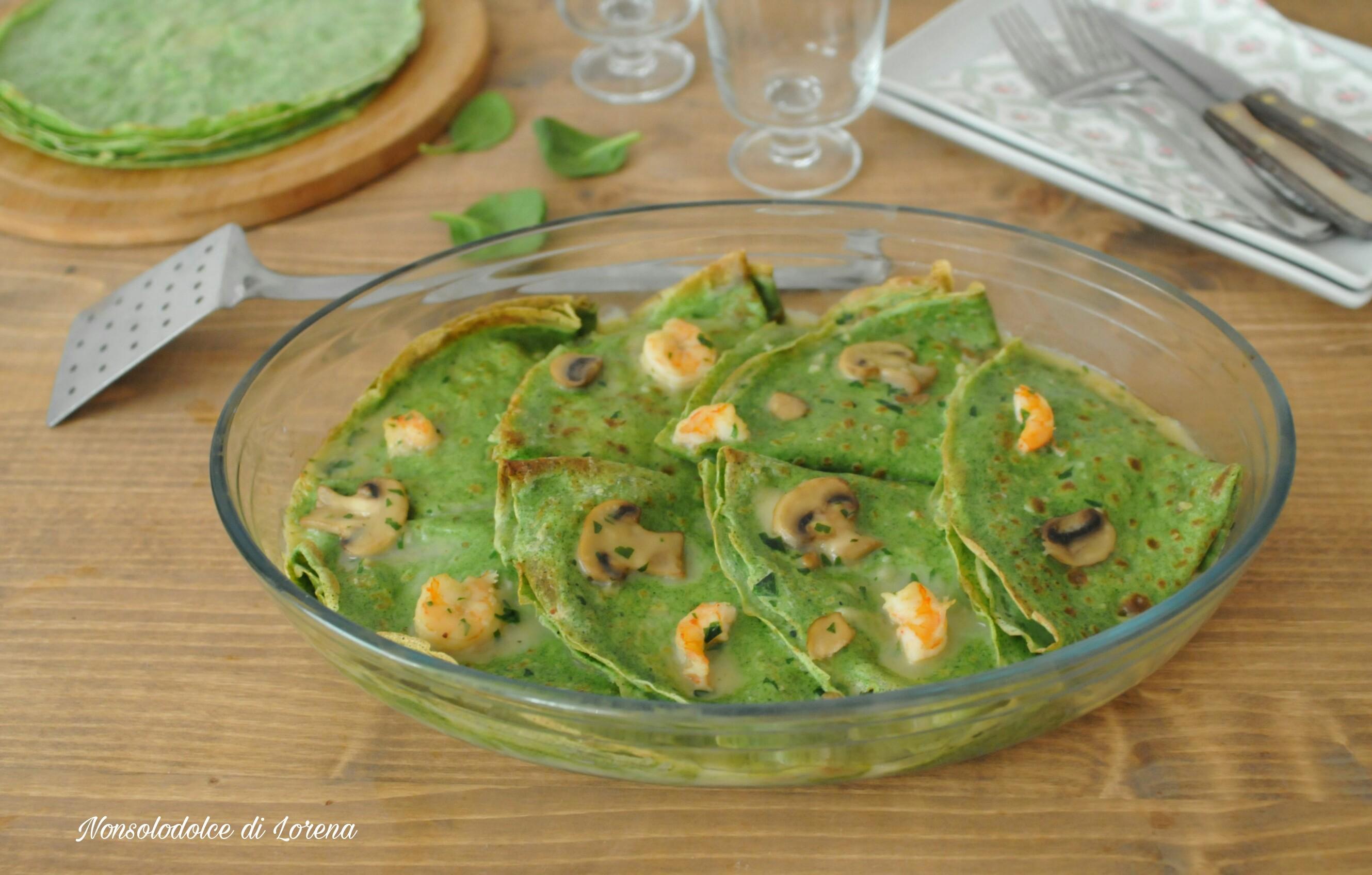 Crepes verdi con gamberi e funghi champignon