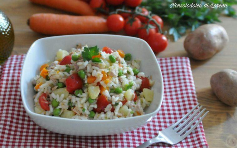 Insalata di riso con verdure e tonno