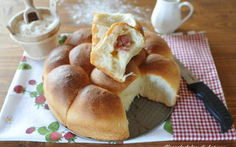 Danubio salato con prosciutto e formaggio