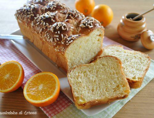 Pan brioche all'arancia e miele