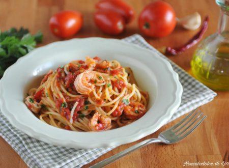 Spaghetti ai gamberi con pomodoro