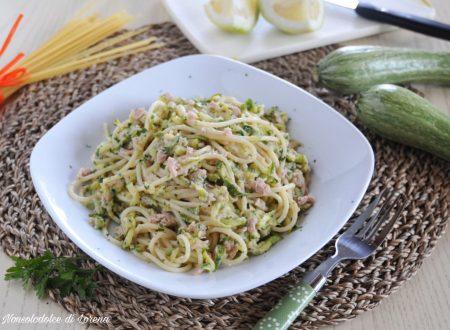 Spaghetti al tonno zucchine e limone