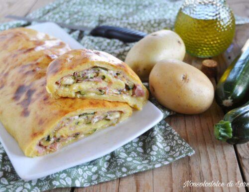 Rotolo di patate farcito al forno con zucchine e prosciutto