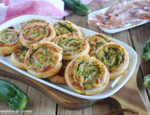 Girelle di sfoglia con zucchine e speck