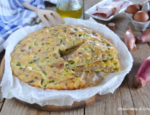 Frittata con asparagi e prosciutto al forno