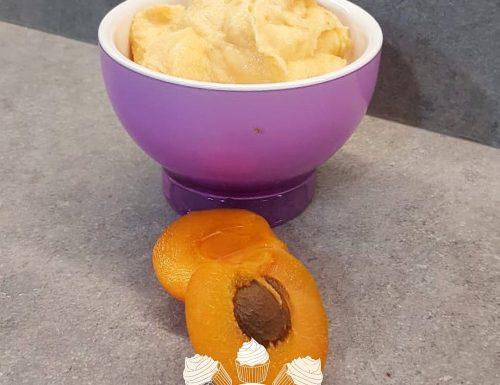 Gelato di albicocche senza gelatiera