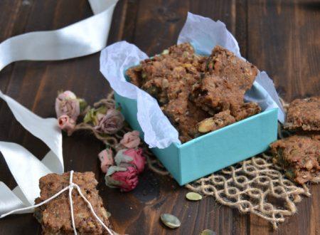 Biscotti integrali di semi misti senza uova ne latte