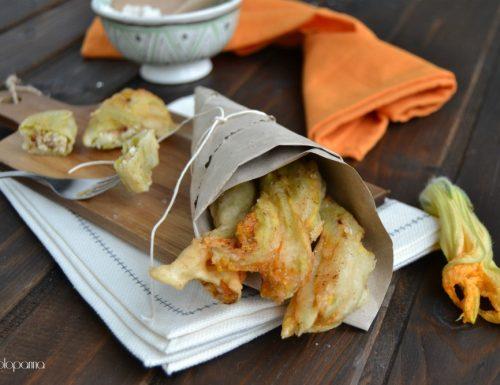 Fiori di zucca ripieni e fritti in pastella