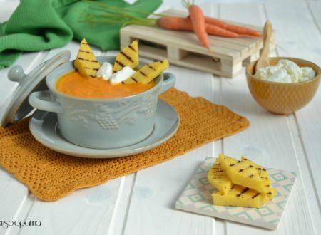 Vellutata di carote e ricotta con crostini di polenta