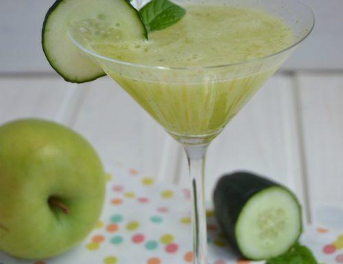 Estratto detox  di mela verde, zenzero e cetriolo