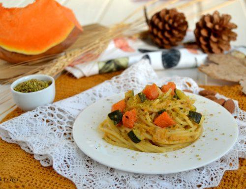 Spaghetti al pesto di zucca e zucchine