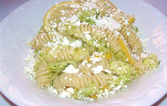 Pasta con zucchine e limone ricetta veloce