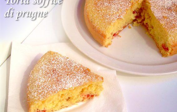 Torta soffice di prugne ricetta dolce senza burro