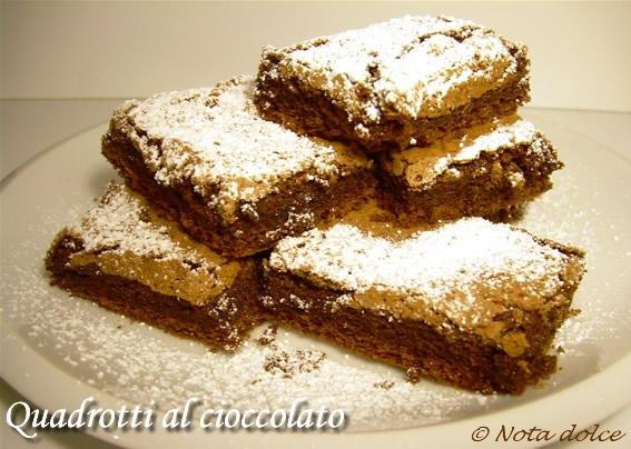 Quadrotti Al Cioccolato Ricetta Golosa Nota Dolce