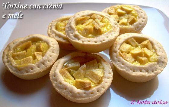 Tortine con crema e mele ricetta dolce