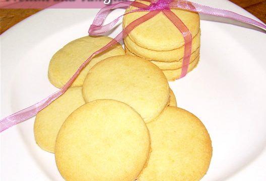 Frollini alla vaniglia ricetta dolce