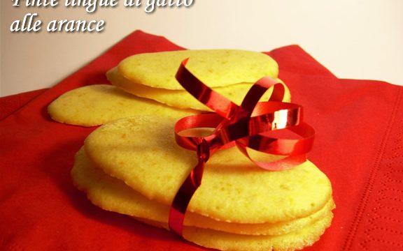 Finte lingue di gatto alle arance ricetta biscotti