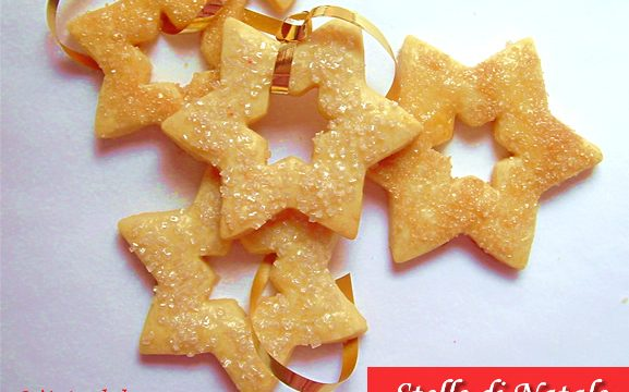 Stelle di Natale ricetta biscotti da appendere