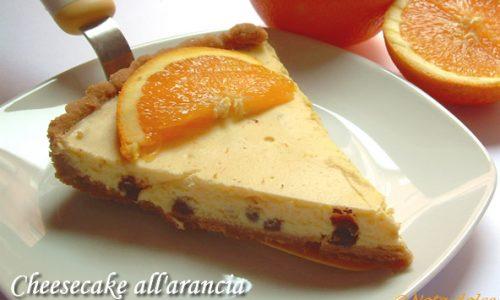 Cheesecake all'arancia con gocce di cioccolato ricetta