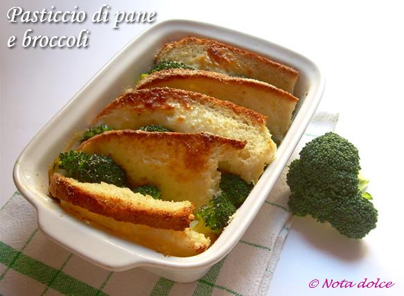 Pasticcio di pane e broccoli con formaggio ricetta gustosa