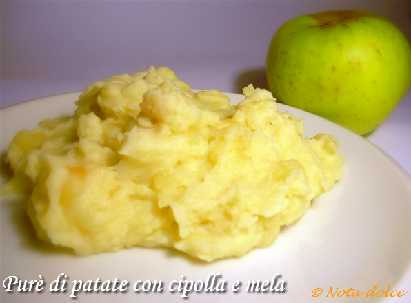 Purè di patate con cipolla e mela