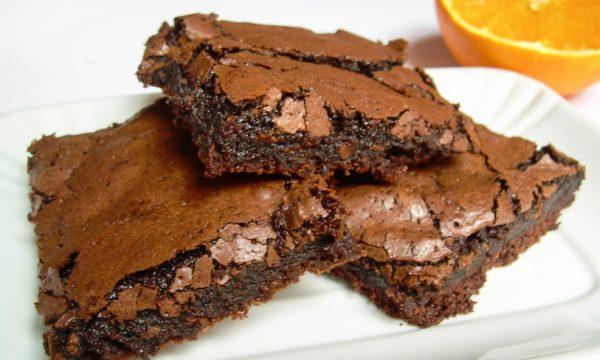 Brownies al cioccolato e arancia senza burro ricetta dolce