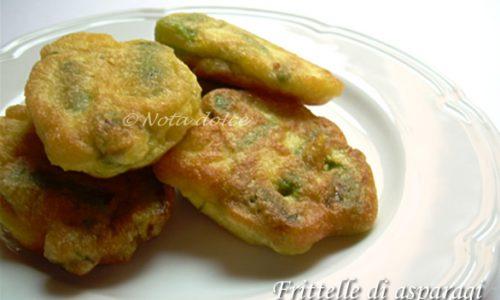 Frittelle di asparagi ricetta sfiziosa facile