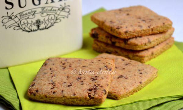 Biscotti con farina integrale e cioccolato ricetta senza burro
