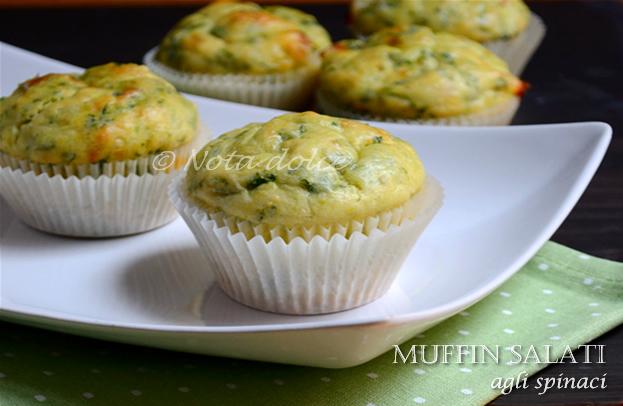 Muffin salati agli spinaci, ricetta veloce