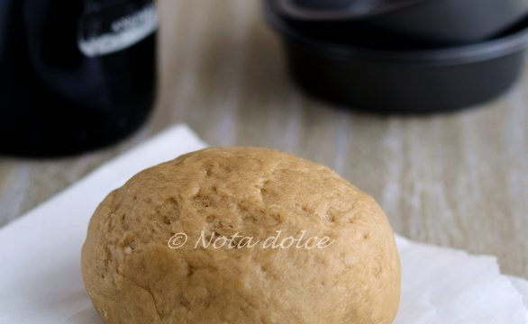 Pasta al vino rosso ricetta base per torte salate