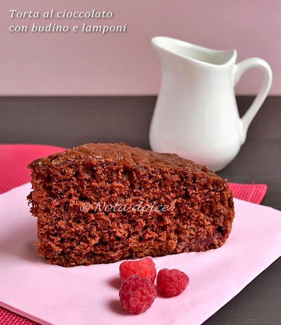 Torta al cioccolato con budino e lamponi ricetta golosa