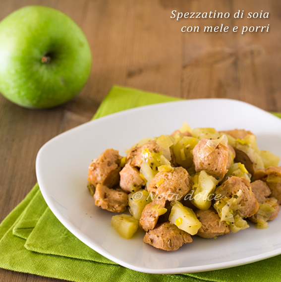 Spezzatino di soia con mele e porri ricetta vegana