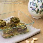 Champignon ripieni con zucchine e mandorle ricetta vegana